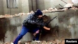 """Большинство зарубежных СМИ называют вооруженных чеченцев, нападающих на полицейских, """"повстанцами"""""""