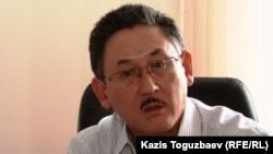 Главный редактор газеты Central Asia Monitor Бигельды Габдуллин. Алматы, 6 августа 2010 года.