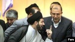 کاظم موسوی، نماینده اردبیل، هنگام بحث بر سر موضوع استیضاح وزیر آموزش و پرورش در مجلس
