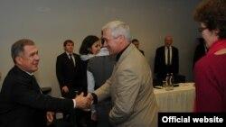 Рөстәм Миңнеханов Европа татар оешмалары вәкилләре белән очраша