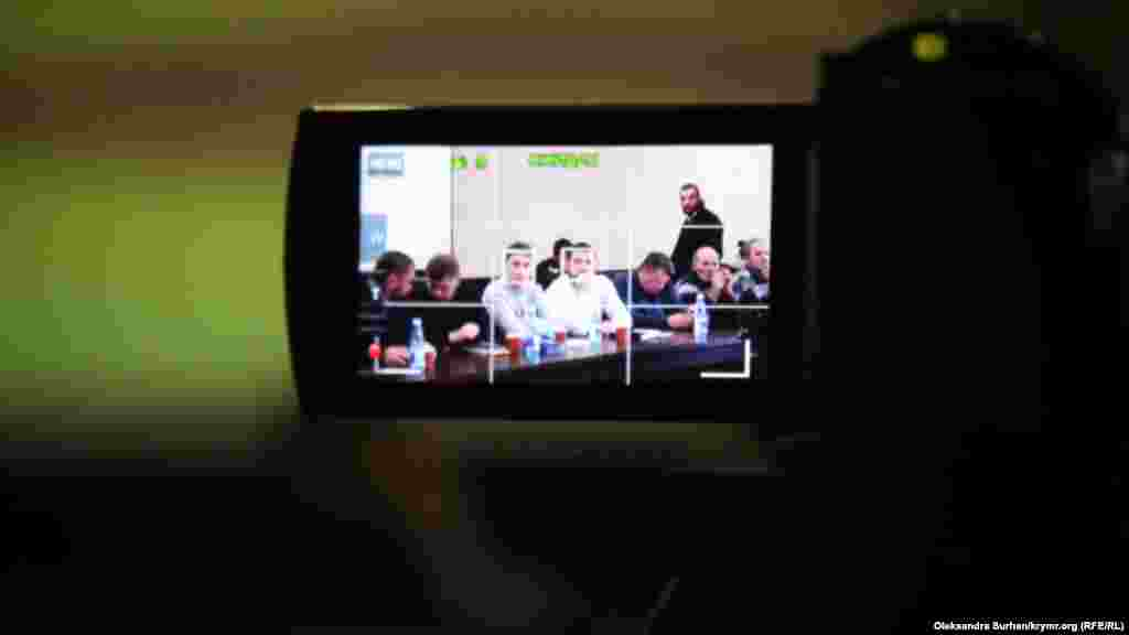 "Teşebbüsniñ toplaşuvı ""Qırım birdemligi"" cemaat jurnalistlerniñ kamerasında."