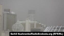 Пиловий шторм у Києві, квітень 2020 року