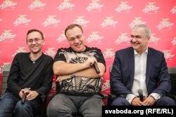 Зьміцер Герчыкаў (крайні зьлева), Павал Баранаў і Павал Латушка