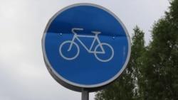 Ramiz Abbasov Gəncədə velosipedləri neçəyə təmir etməsindən danışır