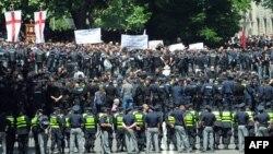 Проблема защиты прав национальных, религиозных и сексуальных меньшинств в Грузии стоит очень остро