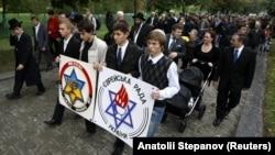 Акція з вшанування жертв Голокосту у Києві. 2012 рік