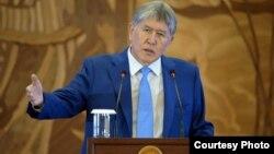 Алмазбек Атамбаева