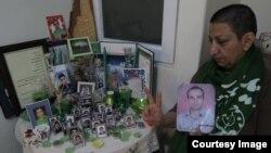 Ирандағы репрессиядан қаза тапқан белсенді Мостафа Каримнің анасы Шахназ Карим.