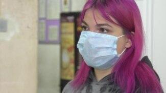 Девятнадцатилетние врачи на передовой против COVID-19