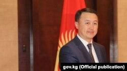 Замирбек Аскаров.