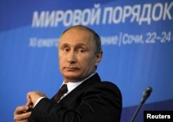 Владимир Путин на встрече Валдайского клуба в Сочи, октябрь 2014 года