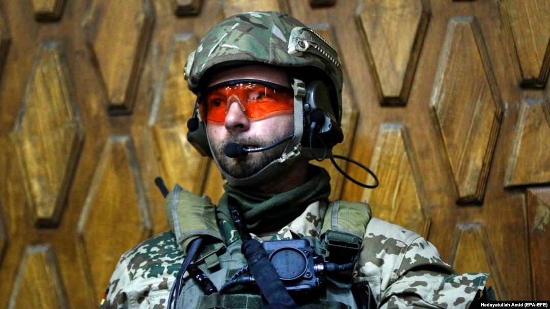 Военные части работа девушке модельный бизнес богданович