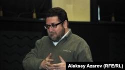 Журналист и правозащитник Андрей Свиридов. Алматы, 27 февраля 2014 года.