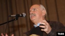 Имя Никиты Михалкова в иске не фигурирует, отмечает адвокат