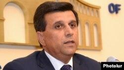 Министр по чрезвычайным ситуациям Армен Ерицян