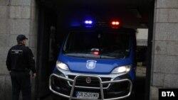 Обвиняемите бяха докарани в Софийския военно-окръжен съд сутринта в неделя.