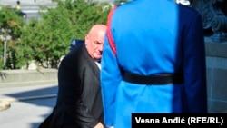 Dragan Marković Palma dolazi na konstitutivnu sednicu Skupštine Srbije u Beogradu, 3. avgusta 2020. U aktuelnom parlamentarnom sazivu njegova partija Jedinstvena Srbije deo je vladajuće koalicije na čijem čelu je predsednik države Aleksandar Vučić.
