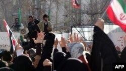 Ирандык студенттер