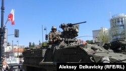 Американские военные на параде в Польше, 15 августа 2015 года