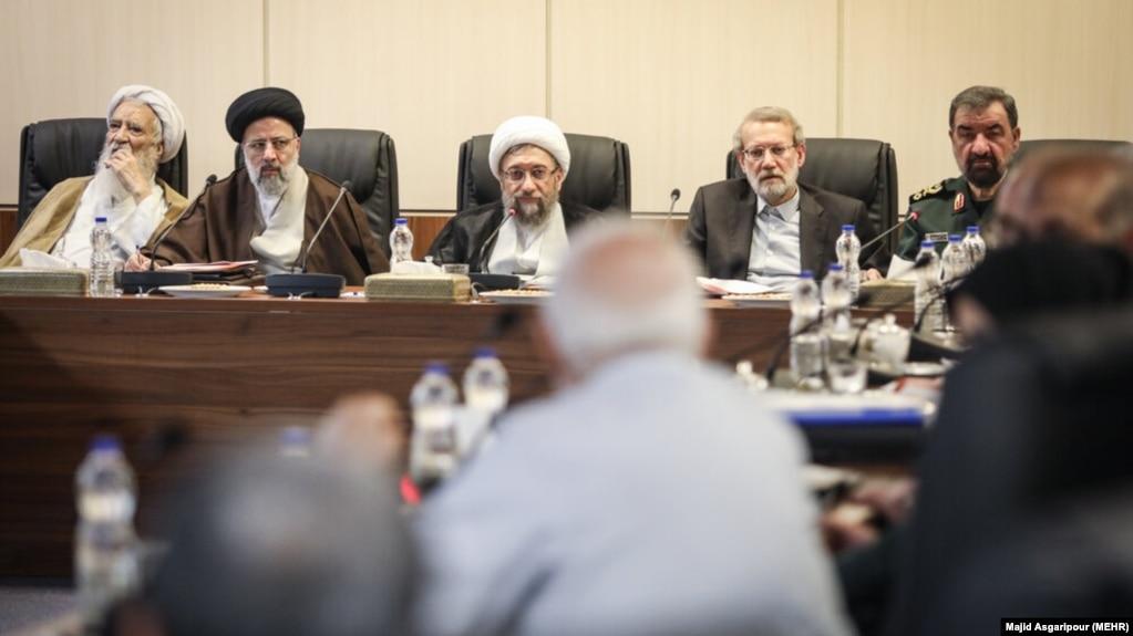تصویری آرشیوی از یکی از جلسات مجمع تشخیص مصلحت نظام