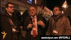 Լիտվա - «Ազատություն» ռադիոկայանի հայկական ծառայության տնօրեն Հրայր Թամրազյանը հարցազրույց է վերցնում իրավապաշտպան Արթուր Սաքունցից և փորձագետ Հրանտ Կոստանյանից, Վիլնյուս, 28-ը նոյեմբերի, 2013թ․