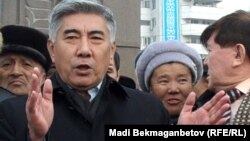 Жармахан Тұяқбай, Азат ЖСДП төрағасы. Алматы, 17 желтоқсан 2010 жыл