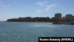 Каспийское море у берегов Актау. 25 июня 2016 года.