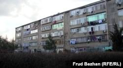 Кабул қаласында СССР салған тұрғын үйдің бірі.