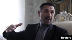 Абадиев Идрис -- ГIалгIайн парламентан хьалхалера депутат, Несар-гIалин йистерчу шен хIусамехь интервью луш, 16ГIу2011