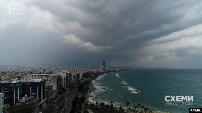 «Схеми» показали, де саме українські олігархи та можновладці прописують на острові Кіпр свій бізнес