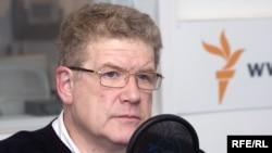 Урнов Марк, политикан аналист, Маршо радион Москохарчу студио чохь, 03Чил2009