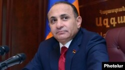 Armenia - Parliament speaker Hovik Abrahamian at a news conference in Yerevan, 02Nov2012.