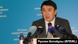 Энергетика вице-министрі Мағзұм Мырзағалиев. Астана, 7 желтоқсан 2015 жыл.