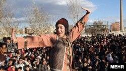 بخشی از مراسم مردمی نوروز در اردبیل