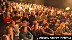 Зрители на спектакле (иллюстративное фото)