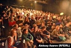 Театр томошабинлари