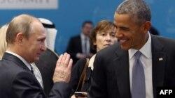 АҚШ президенті Барак Обама (оң жақта) және Ресей президенті Владимир Путин. Түркия, 16 қараша 2015 жыл.