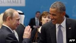 Российский президент Владимир Путин (слева) и президент США Барак Обама (справа) на саммите G20. Илююстрационное фото