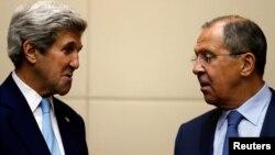 Sekretari amerikan i shtetit, John Kerry takohet me kryediplomatin rus, Sergei Lavrov në Laos - 26 korrik