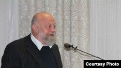 Прафэсар Аляксандар Навумаў.