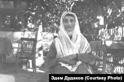 Бабушка Эмине, мама Шемси Дудаковой. Узбекистан, начало 1970-х