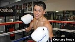 Боксер-профессионал из Казахстана Жанкош Тураров.