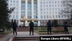 Moldova - police in in front of Parliament, Chisinau