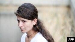 جینان، دختر جوان ایزدی که از اسارت گروه «حکومت اسلامی» (داعش) گریخت