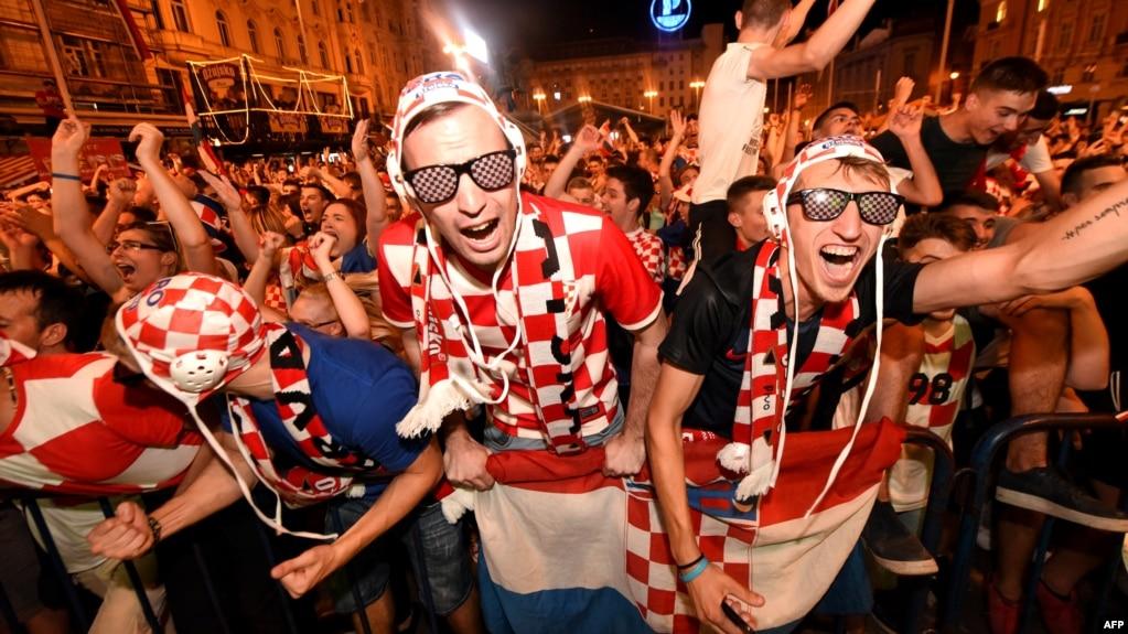 Navijači Hrvatske slave pobjedu nad Argentinom