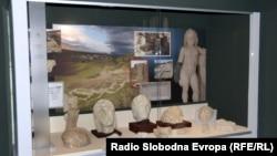Археолошка изложба во музејот во Прилеп.