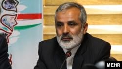 نصرتالله لطفی، قائم مقام شورای هماهنگی تبلیغات اسلامی که مسئول برگزاری راهپیماییها و مراسم حکومتی است