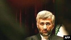 سعید جلیلی گفت: « ايران بايد از ظرفيت های لازم استفاده کند و برای مصارف نيروگاهی خود از توان غني سازی اورانيوم برخوردار باشد.»(عکس: AFP)
