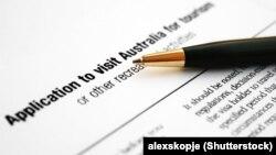 ایبیسی میگوید دفتر صدور ویزای استرالیا در تهران در ماه ژوییه سال ۲۰۱۸، تعطیل شده است.