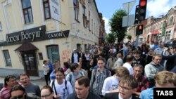 Шествие в поддержку Алексея Навального в Кирове